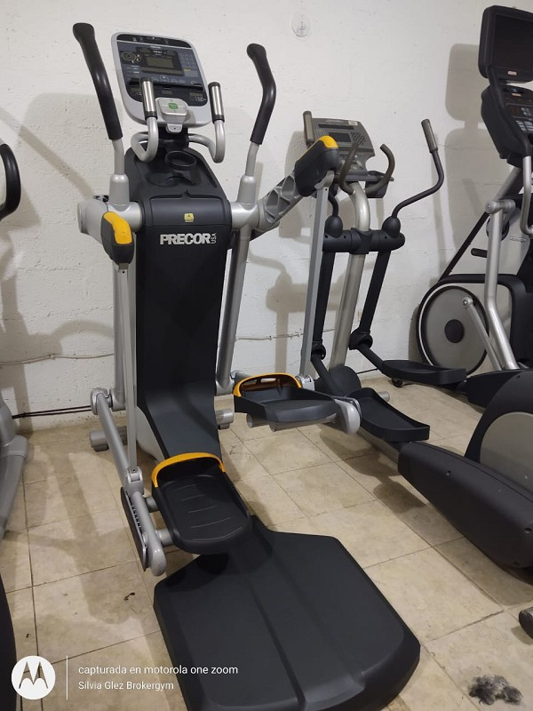 Eliptico Reacondicionado Precor AMT